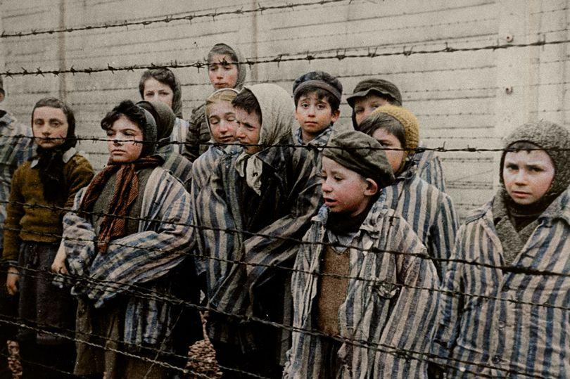 0_h_MDRUM_COLOURISED_HOLOCAUST-9